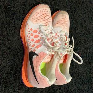 Nike Zoom Tennis Shoes